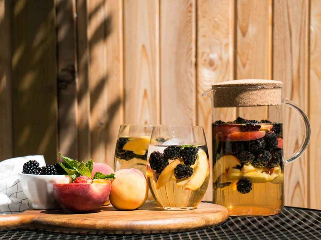 Blackberry Peach Sangria with Elderflower | My Kitchen Love