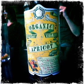 Organic Apricot - Samuel Smith Old Brewery (486)