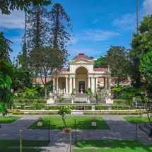 Kathmandu-garden of dreams I
