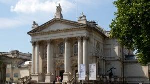Il Tate Britain, il museo di arte classica e contemporanea britannica