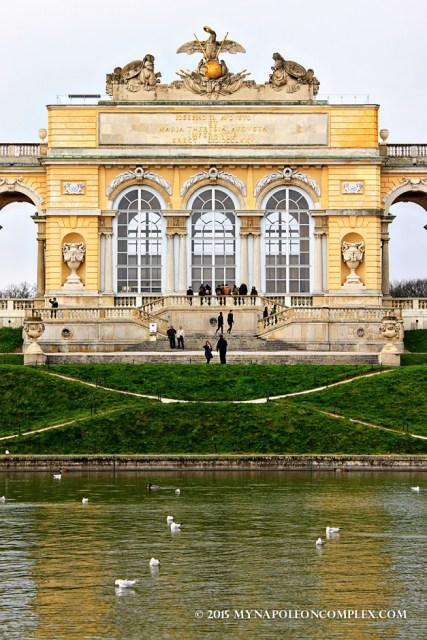 Picture of the Gloriette in Schönbrunn.