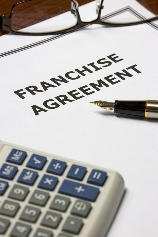 Differences Between Operating Agreements and Franchise Agreements - Differences Contract Agreement