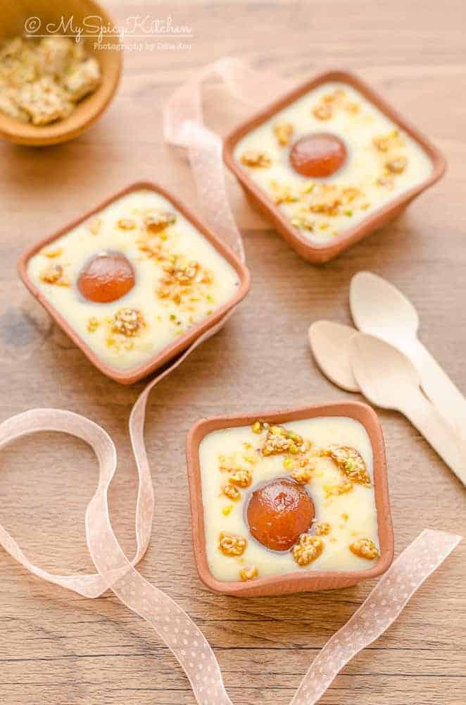 Gulab Jamun Custard, Gulab Jamun Custard topped with praline, Milk based sweets, Indian sweet, fusion dessert, fusion sweet, blogging Marathon,