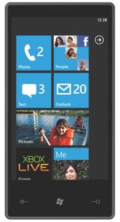 windows phone 7 243x450 [MWC 2010] Microsoft presenta Windows Phone 7: e lo Zune esce dallAmerica