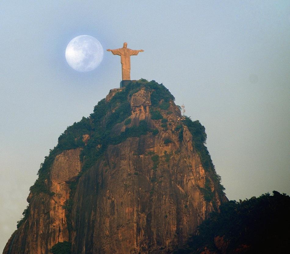 Christ The Redeemer Hd Wallpaper Modern Wonders Of The World Christ The Redeemer Brasil