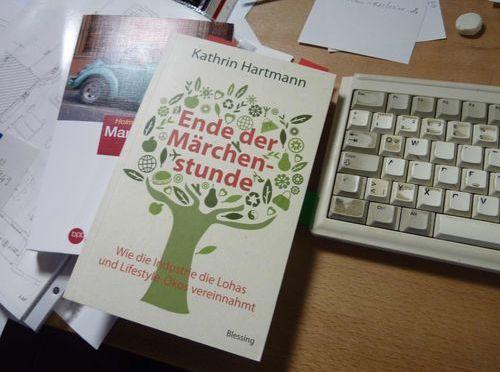 """Lesung aus dem Buch """"Ende der Märchenstunde"""" von Kathrin Hartmann"""