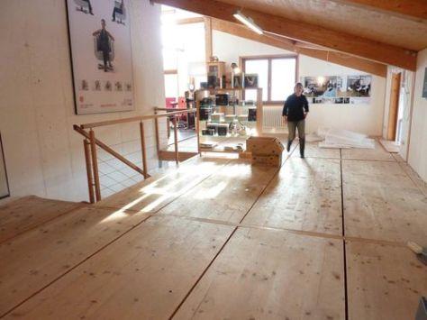AusstellungFussbodenlegenUte