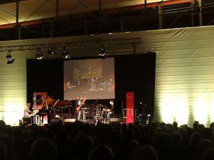 Abschlusskonzert des 14. Hersbrucker Gitarrenfestivals mit Klaus Doldinger und dem Cornelius Claudio Kreusch Trio