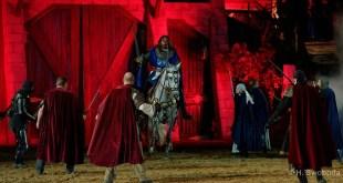 Mittelalterfest mit Rittern, Gauklern und magischen Momenten