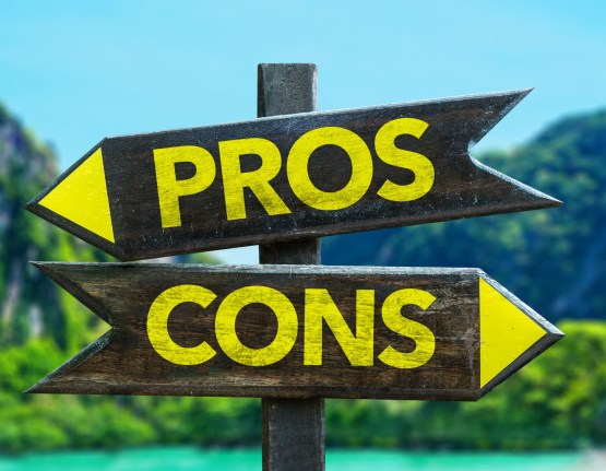 The Pros & Cons of a Wrap Insurance Policy