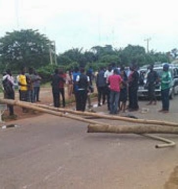 oau new NL1 OAU Shut Down After Several Days Of Students Protest Over School Fees