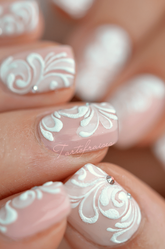 I Adore You In French Nail art dentelle baro...