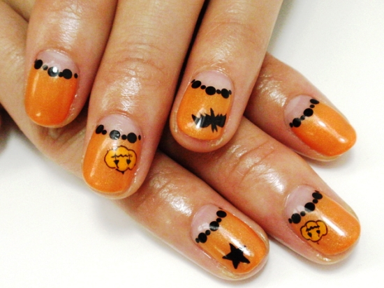 Halloween Pumpkin Nail Art Designs