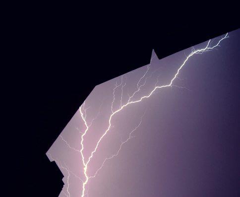 rp_lightning01.jpg