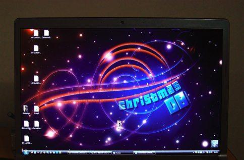 christmas08-laptop.jpg