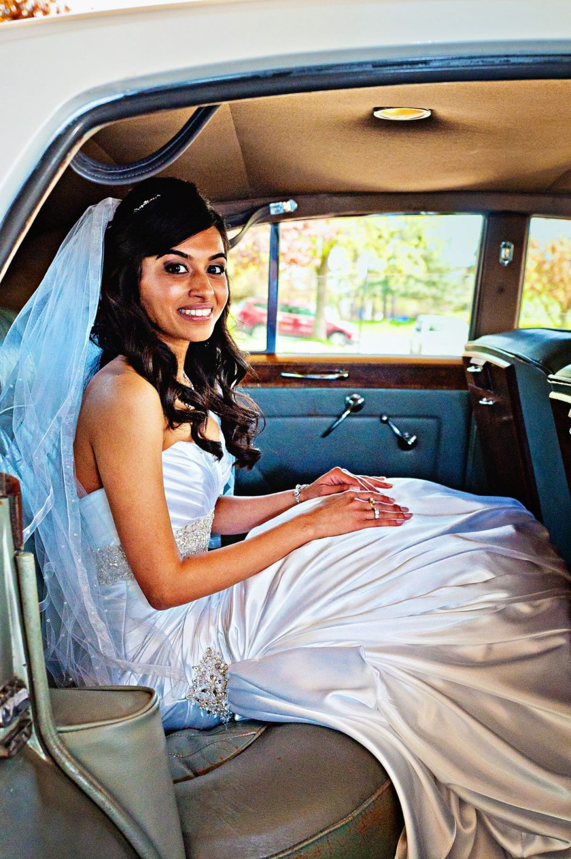 1952-Bentley-indian-canadian-wedding-photography-naina-04.jpg