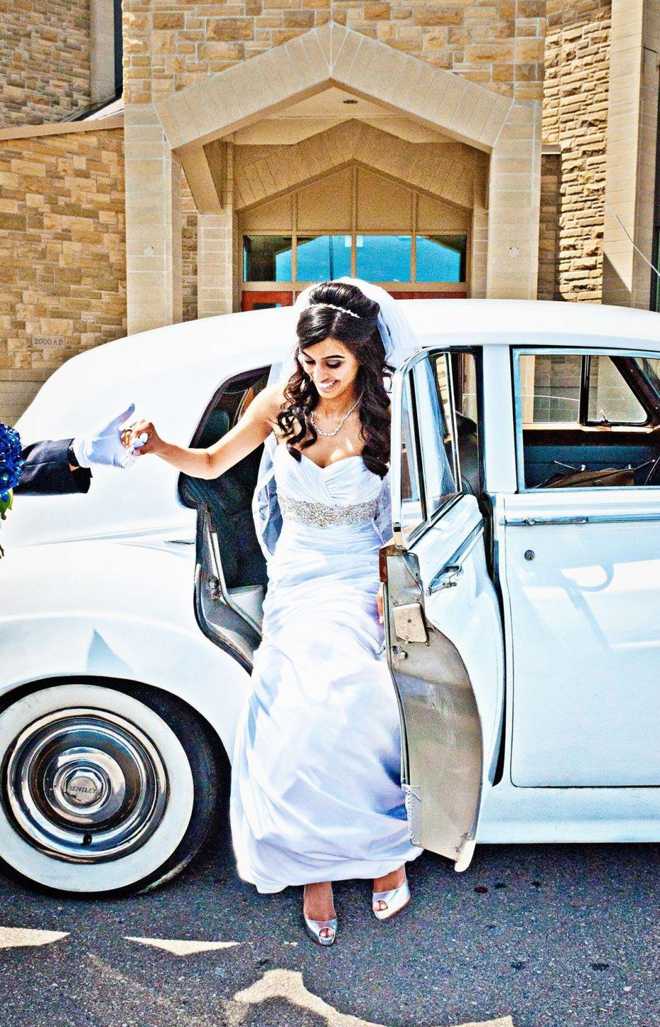 1952-Bentley-indian-canadian-wedding-photography-naina-09.jpg