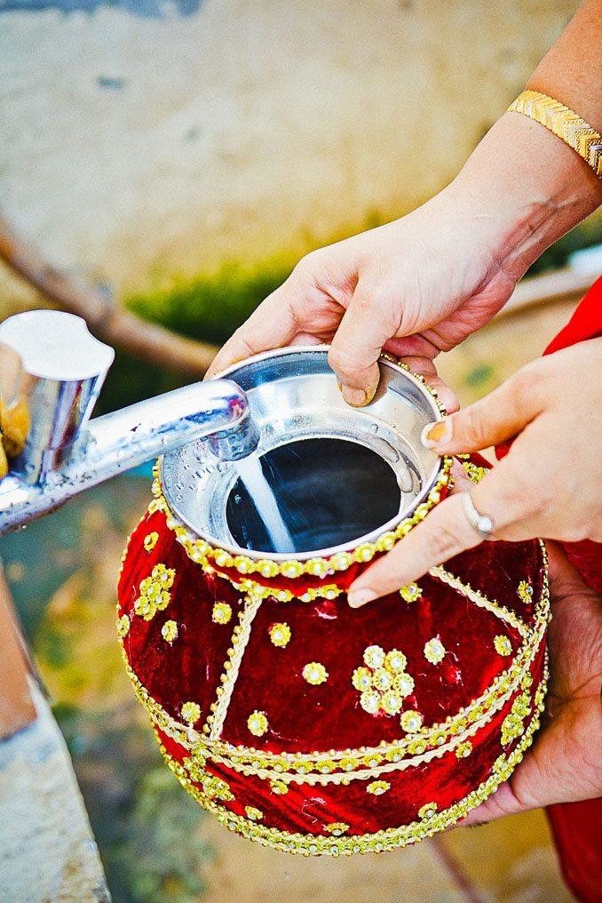 Kshitija-Chuda-Ceremony-Indian-Wedding-Photographer-Naina-Knottytales-14.jpg