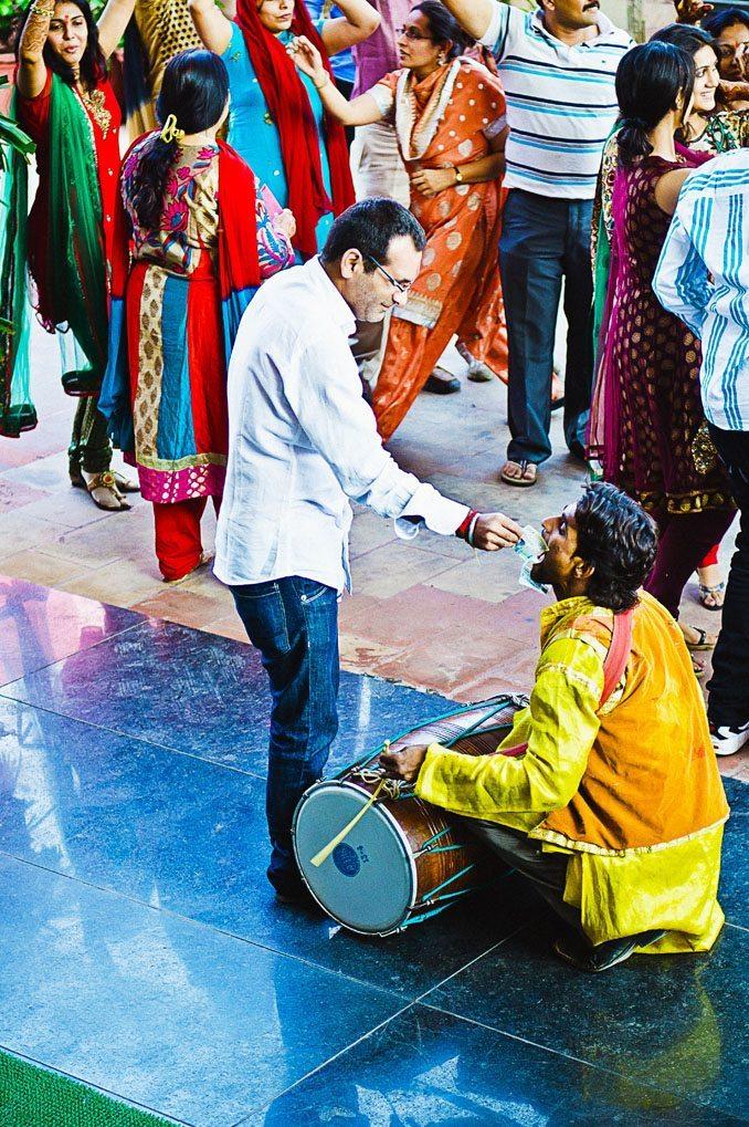 Kshitija-Chuda-Ceremony-Indian-Wedding-Photographer-Naina-Knottytales-16.jpg