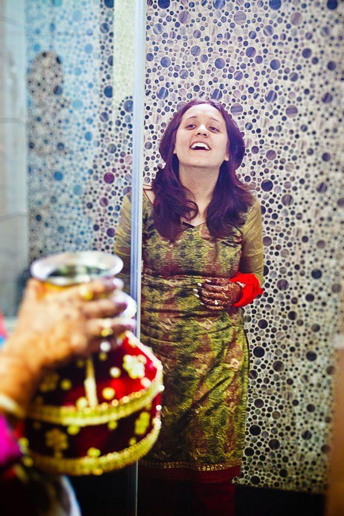 Kshitija-Chuda-Ceremony-Indian-Wedding-Photographer-Naina-Knottytales-19.jpg