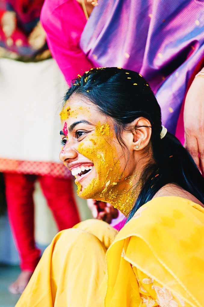 Anuradha-Mehendi-Pradhanam-Indian-Wedding-Photography-Knottytales-Naina-10.jpg