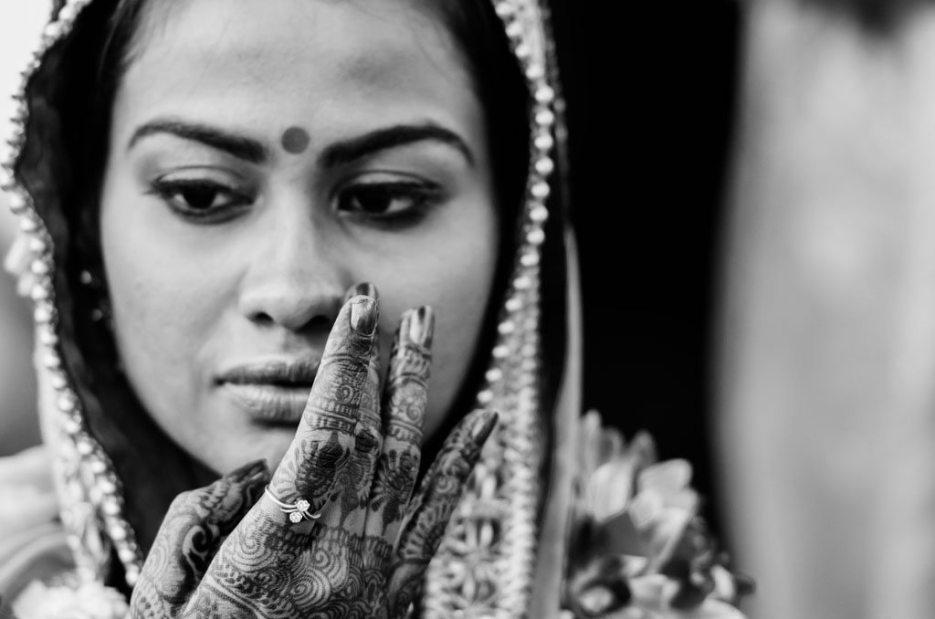 Anuradha-Vaibhav-Indian-Wedding-Photography-Knottytales-Naina-20.jpg