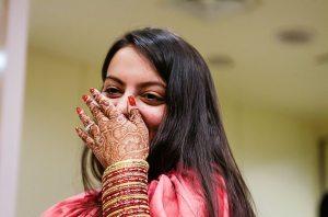 Lakme-Salon-Knottytales-Beautiful-Brides-Nikah-Naina-05.jpg