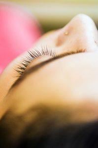 Lakme-Salon-Knottytales-Beautiful-Brides-Nikah-Naina-12.jpg
