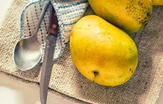 Mango-Milkshake-Food-Photography-Photographer-Naina-Thumb
