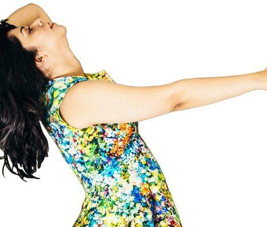NainaCo-Luxury-Lifestyle-Raconteuse-Visuelle-Storyteller-Photographer-CoverUp-20-Floral-Thumb