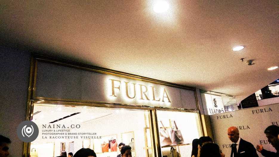 NainaCo-Luxury-Lifestyle-Photographer-Storyteller-Raconteuse-FURLA-Store-Flagship-EyesForLuxury-EyesForFashion-Delhi-Select-City-Walk-01