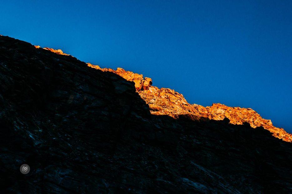 Naina.co, #Landscape, #EyesForDestinations, Ladakh, Leh, India, Travel, Professional Photographer, Photo Prints, #EyesforIndia, Yellow, Mountains, Mountain Ranges, Travel Photographer, Lifestyle Photographer, Luxury Photographer, Travel Blogger, Lifestyle Blogger, Luxury Blogger, Blogger