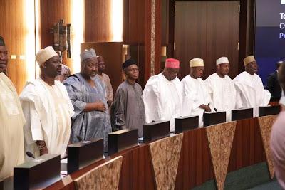 http://mynaijainfo.com/just-president-buhari-meets-36-state-governors-see-photos/