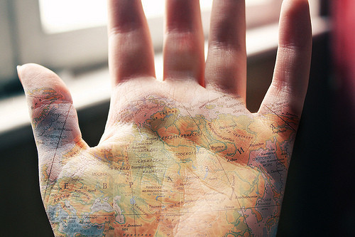 hand,map,palm,world-1de5efb1dfbfe1ab592dfa370f8048b9_h