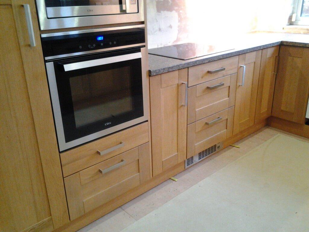 rutland oak shaker kitchen in chesterfield s42