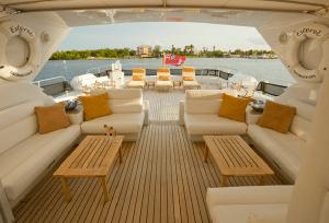 105_naples_yacht_charter