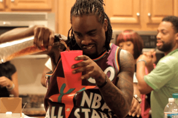 Wale Pouring Up (Front)