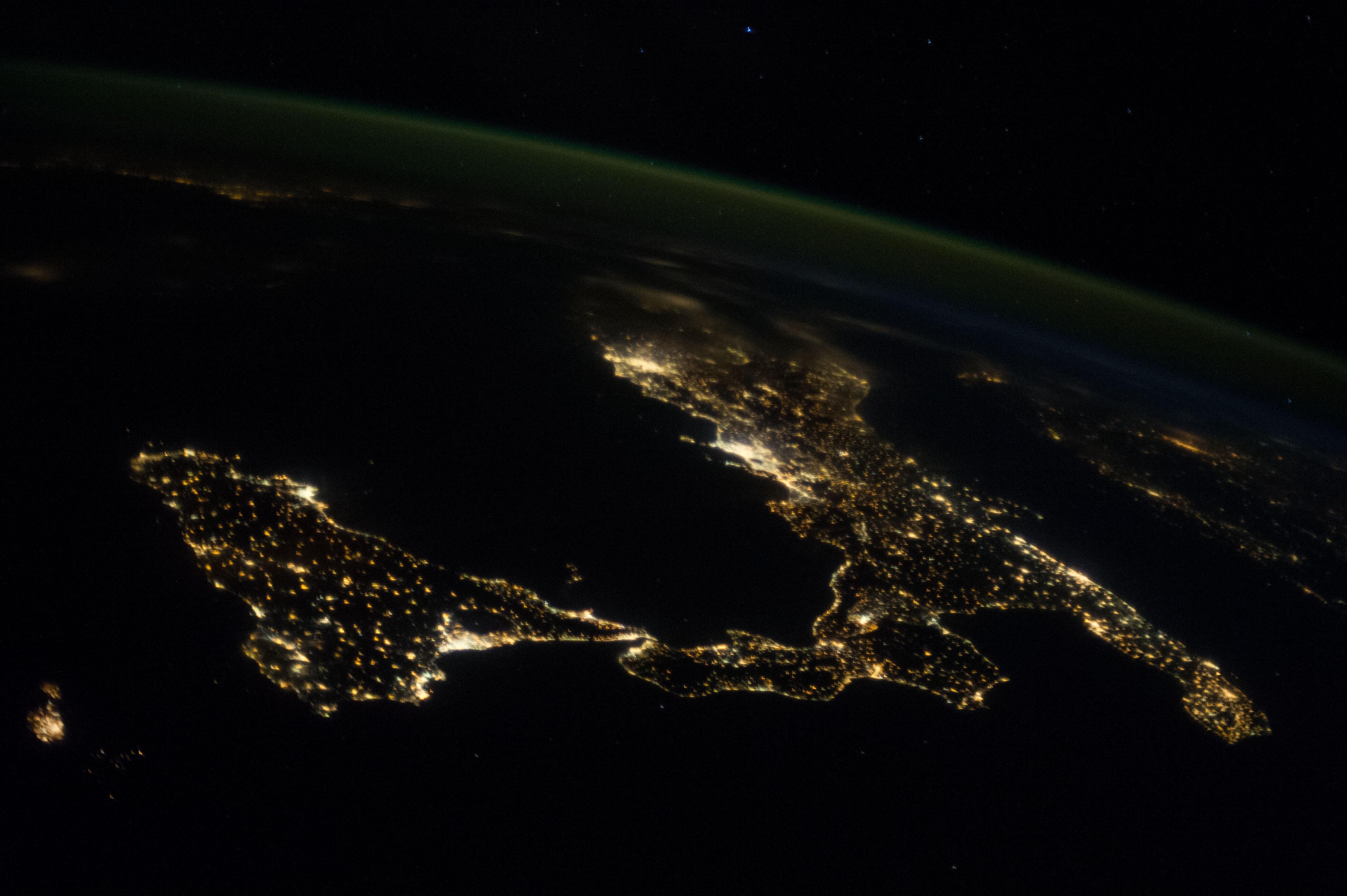 Iss Hd Wallpaper Sicily And Italy At Night Nasa