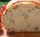 Пирог- хлеб с оливками быстрый