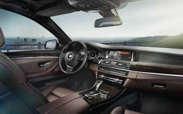 2017 Dòng nội thất BMW 5