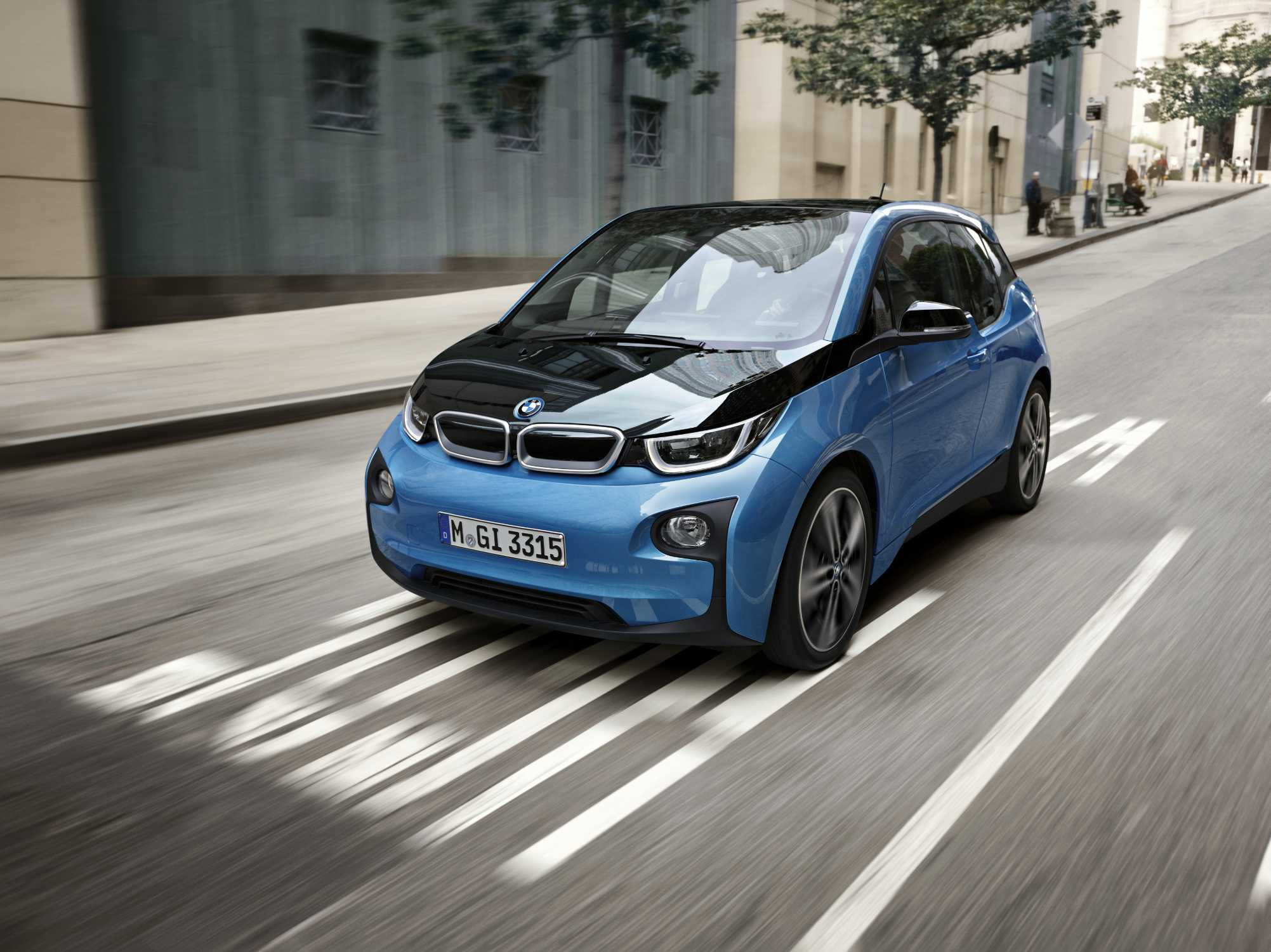 Major BMW i3 Redesign Expected Next Year