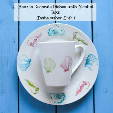How to Decorate Plates with Alcohol Inks