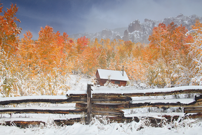 Falling Anow Wallpaper First Snow At The Cabin Uncompahgre National Forest
