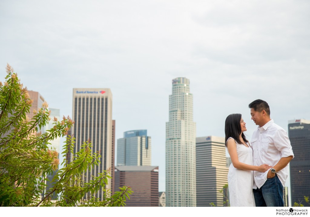 Downtown-view-los-angeles-engagement-session-dtla_0011