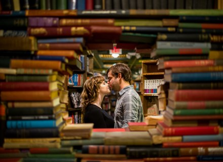 Dtla-downtown-los-angeles-books-library-engagement-session_0017