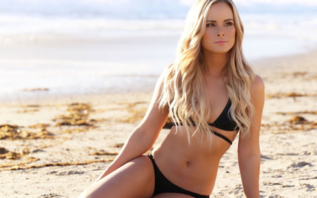 amanda-stanton-bikini-featured thumbnail