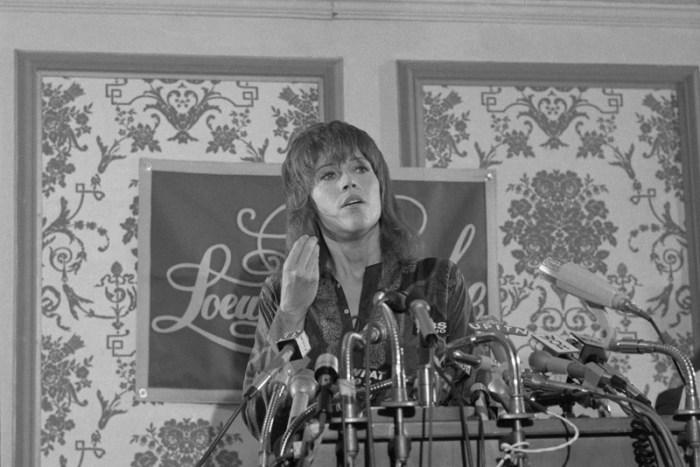 Jane Fonda Back From Hanoi Press Confer.