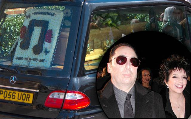 david gest liza minnelli funeral F