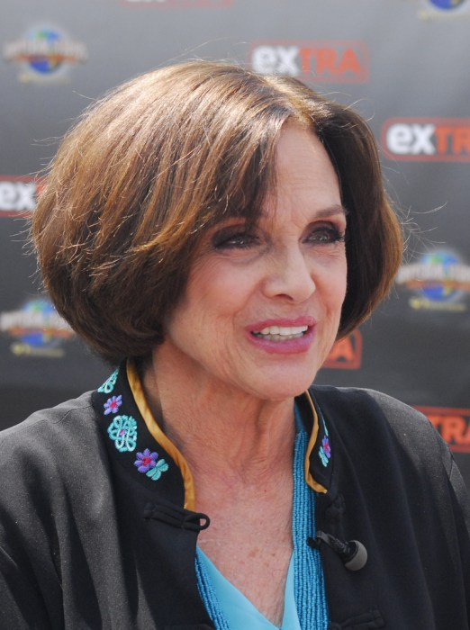 Valerie harper at universal to appear on extra in los angeles