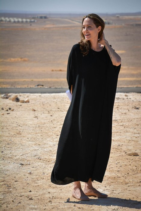 Angelina Jolie addresses Syrian refugees in Jordan